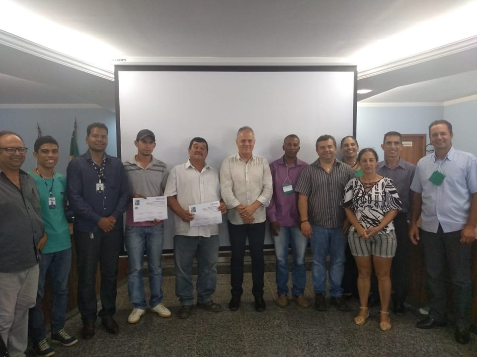 Associações agrícolas de Muniz Freire celebram contrato do Crédito Fundiário